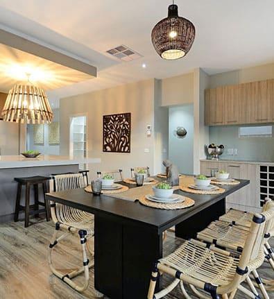 Hampton Dining Kitchen